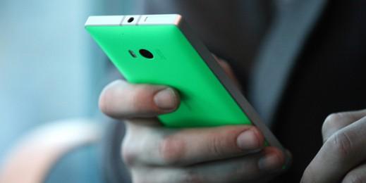 Nokia Lumia 930 image 1